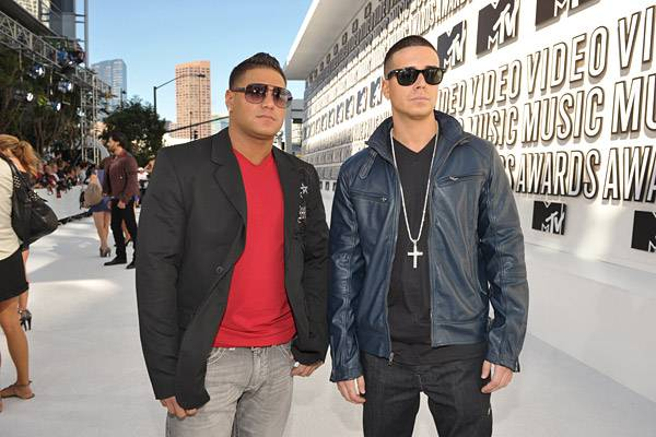 Ronnie Ortiz-Magro and Vinny Guadagnino of 'Jersey Shore' stay cool behind their shades at the 2010 MTV VMAs.