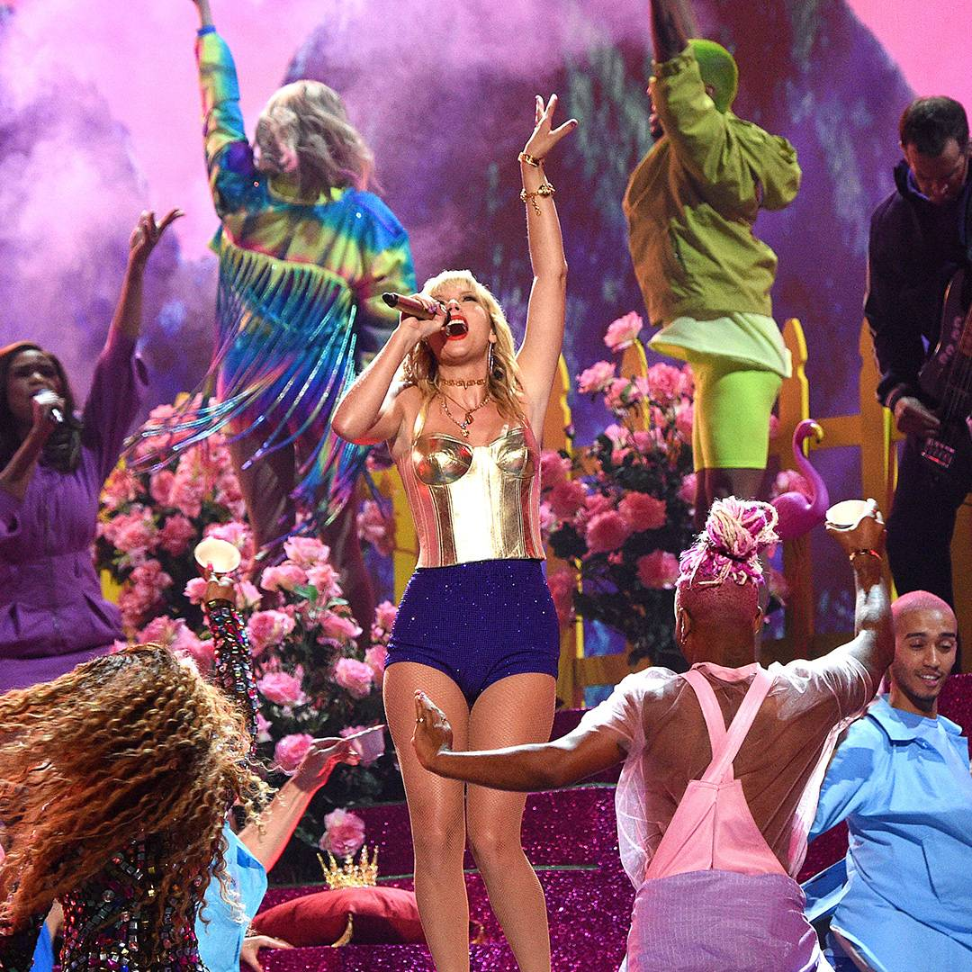 """Taylor Swift opens the 2019 VMAs with an over-the-top performance of """"You Need to Calm Down"""" and """"Lover."""""""