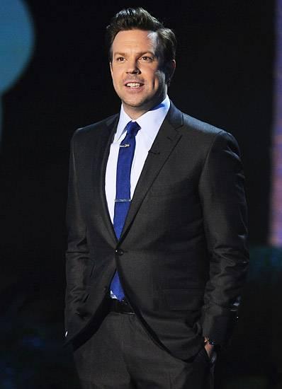 Movie & TV Awards 2011 | Host Jason Sudeikis | 400x550