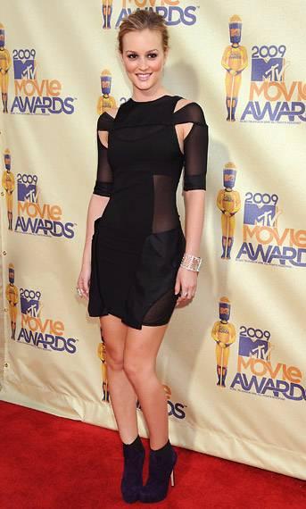 /content/ontv/movieawards/2012/photo/flipbooks/movie-awards-style/mini-dresses/2009-leighton-meester-pg12217.jpg