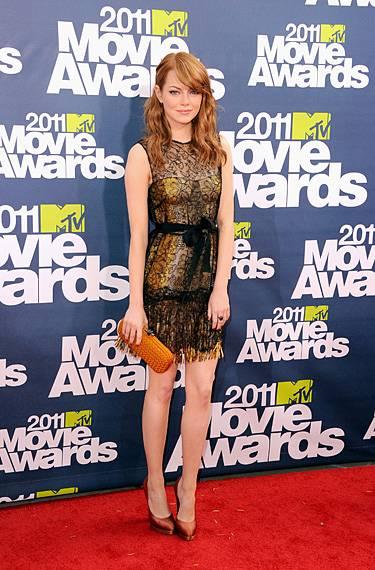 /content/ontv/movieawards/2012/photo/flipbooks/movie-awards-style/mini-dresses/2011-emma-stone-115268793.jpg