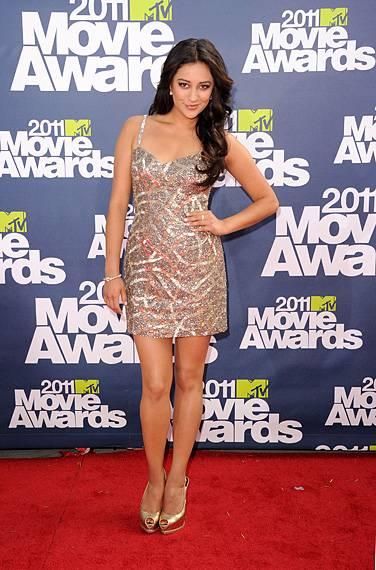 /content/ontv/movieawards/2012/photo/flipbooks/movie-awards-style/mini-dresses/2011-shay-mitchell-115267616.jpg