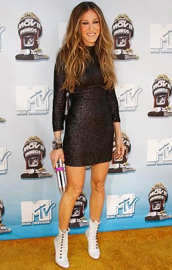 /content/ontv/movieawards/2012/photo/flipbooks/movie-awards-style/sparkles-shards-and-sequins/2006-sarah-jessica-parker.jpg