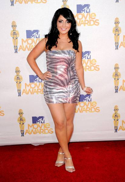 /content/ontv/movieawards/2012/photo/flipbooks/movie-awards-style/sparkles-shards-and-sequins/2010-angelina-pivarnick-101677279.jpg