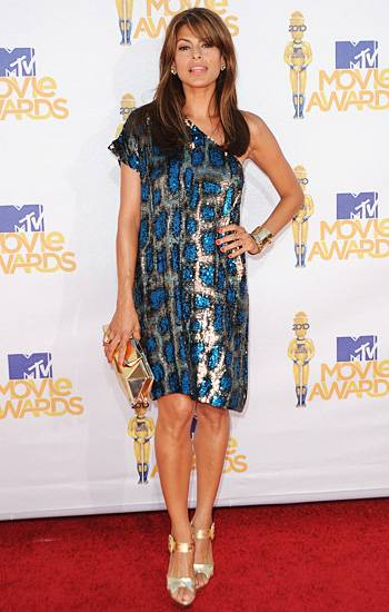 /content/ontv/movieawards/2012/photo/flipbooks/movie-awards-style/sparkles-shards-and-sequins/2010-eva-mendes-114690605.jpg