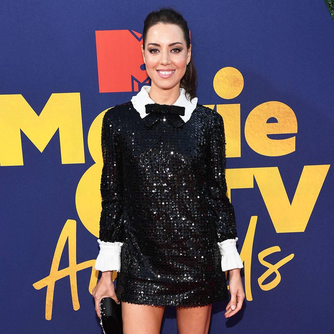 MTV 2019 MTVMA   Aubrey Plaza Red Carpet   1:1   1080 x1080   03/12/20