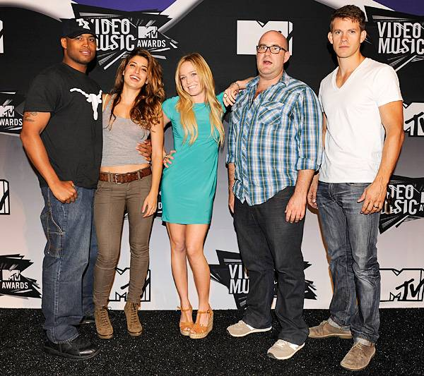 The cast of 'Death Valley' has what it takes to pull off the casual look on the red carpet at the 2011 MTV VMAs.