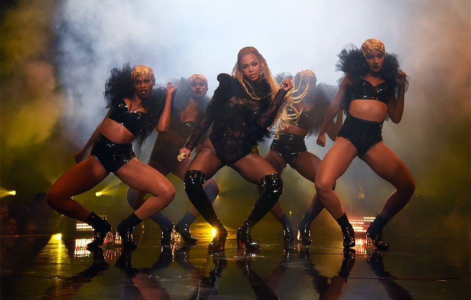 2016 VMAs   Beyonce Lemonade Perfomance   940x600