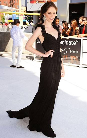 Model Coco Rocha looks statuesque in a stunning gown, dripping with black chiffon at the 2010 VMAs.