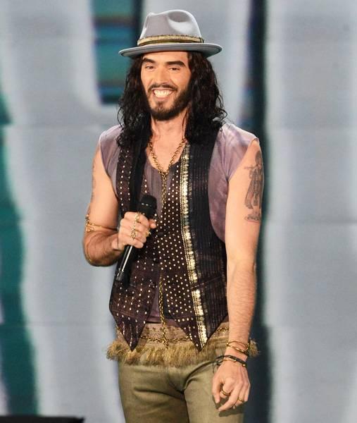 Movie & TV Awards 2012 | Host Russell Brand | 500x600