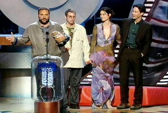 Movie & TV Awards 2000   Best Movie Winner The Matrix   542x365