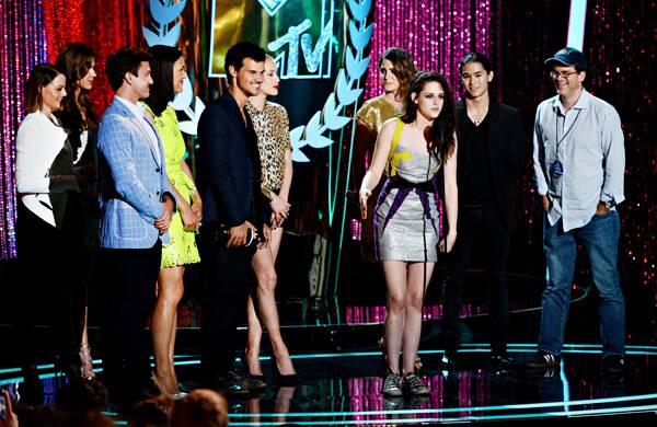Movie & TV Awards 2012   Best Movie Winner Twilight   600x390