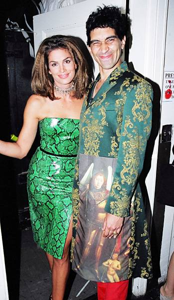 'House of Style' host Cindy Crawford and correspondent Pat Smear go green for the 1997 MTV Video Music Awards.