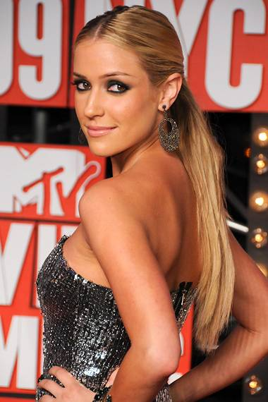 Kristin Cavallari of 'The Hills' gives an over-the-shoulder smize on the red carpet at the 2009 MTV Video Music Awards.