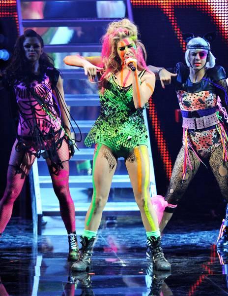 EMA 2010   Showstopping Performances Ke$ha   464x600