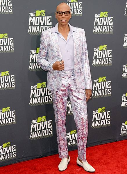 /content/ontv/movieawards/2012/photo/flipbooks/movie-awards-style/prints-and-patterns/2013-rupaul-166643223.jpg