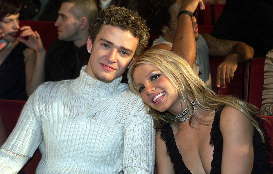 Justin Timberlake and Britney Spears at the 2000 VMAs.