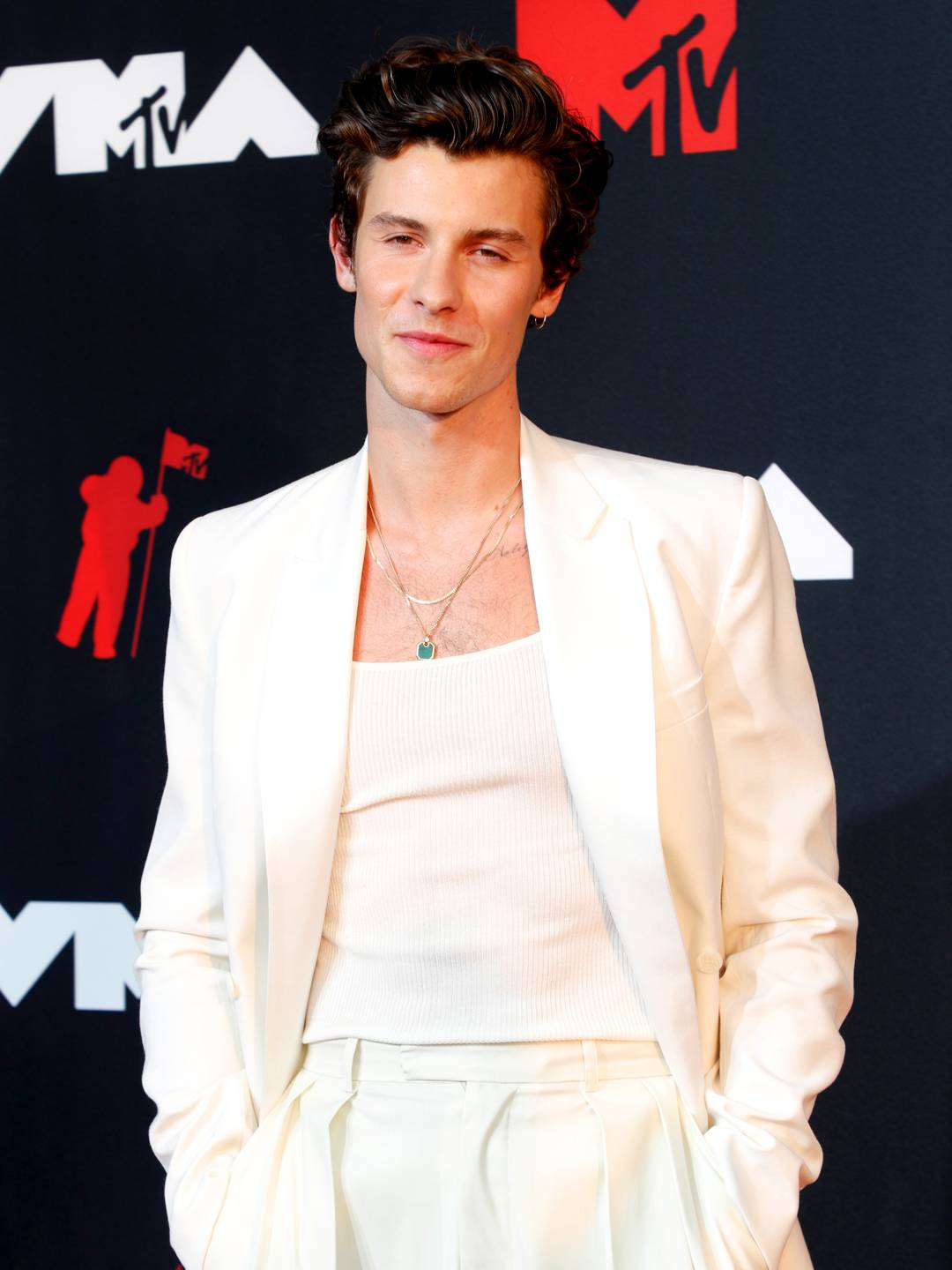 MTV Video Music Awards 2021 | The Best of the VMAs 2021 Red Carpet | Shawn Mendes | 1080x1440