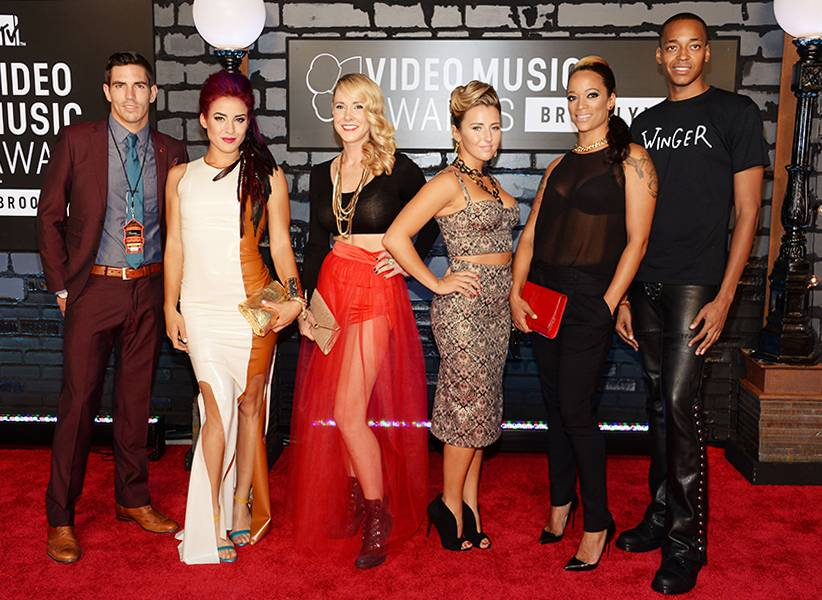 Thankfully none of the stylish cast members from 'The Challenge: Rivals II' had to worry about getting eliminated while walking the red carpet at the 2013 MTV Video Music Awards.