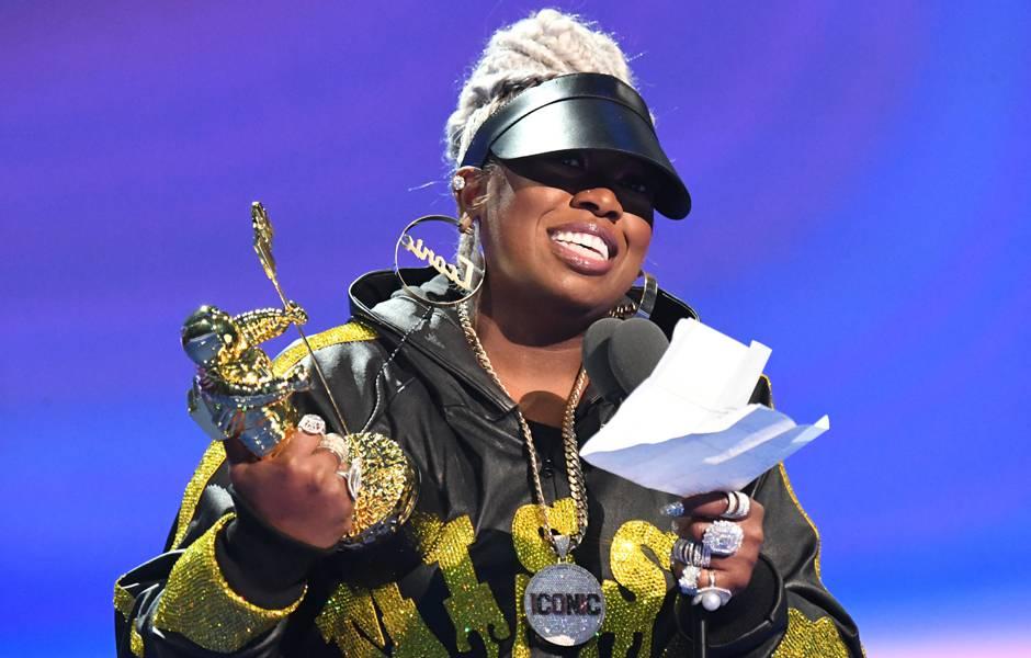 Video Vanguard Award winner Missy Elliott thanks her fans.