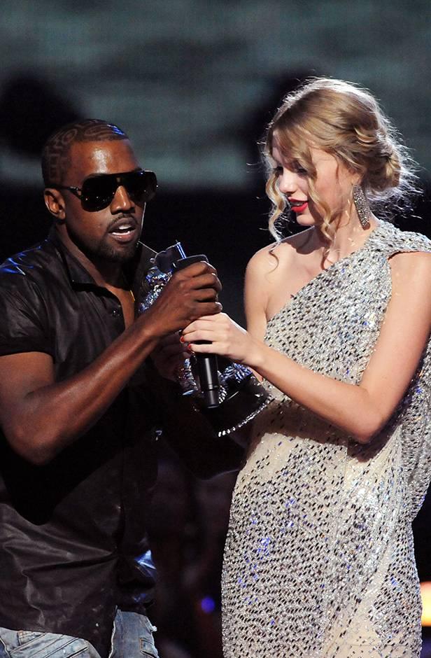 2009 VMAs   Kanye Taylor Moment   616x940