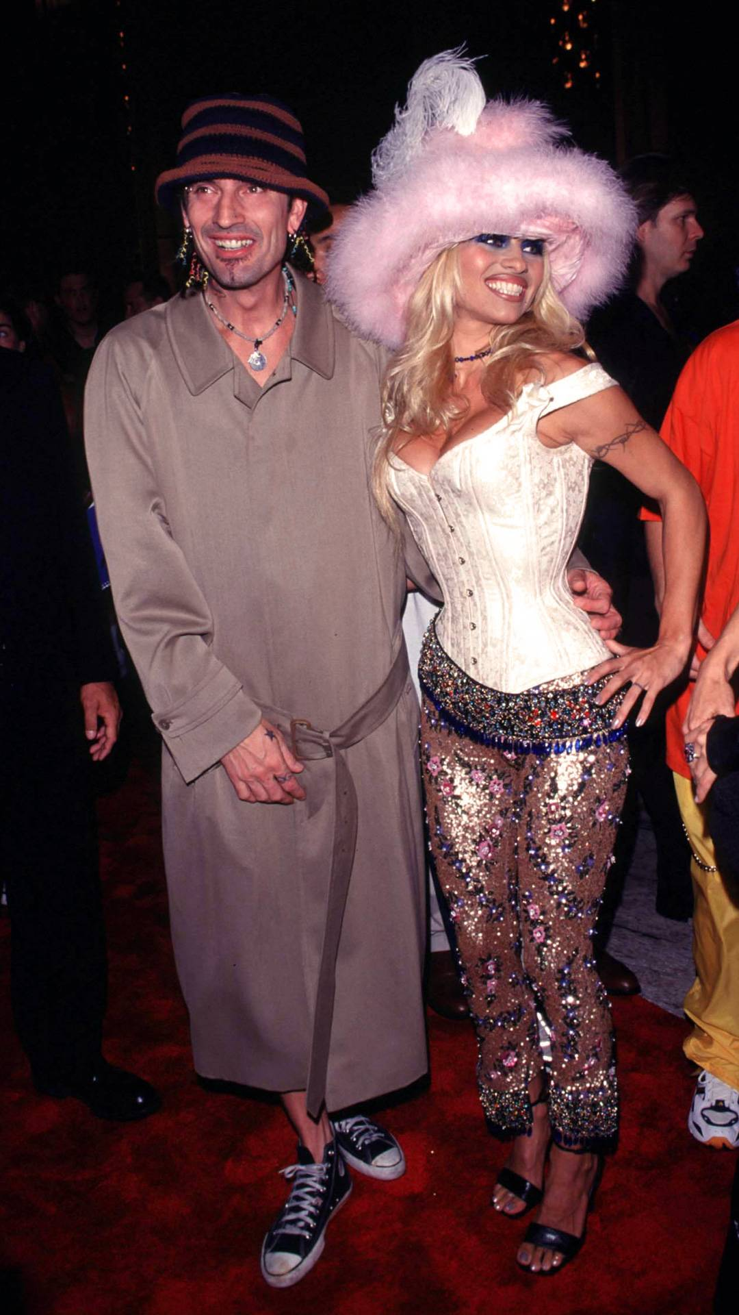 MTV Video Music Awards 2021   Are These MTV VMA 90s Looks Making a Comeback?   Tommy Lee and Pamela Anderson   1080x1920