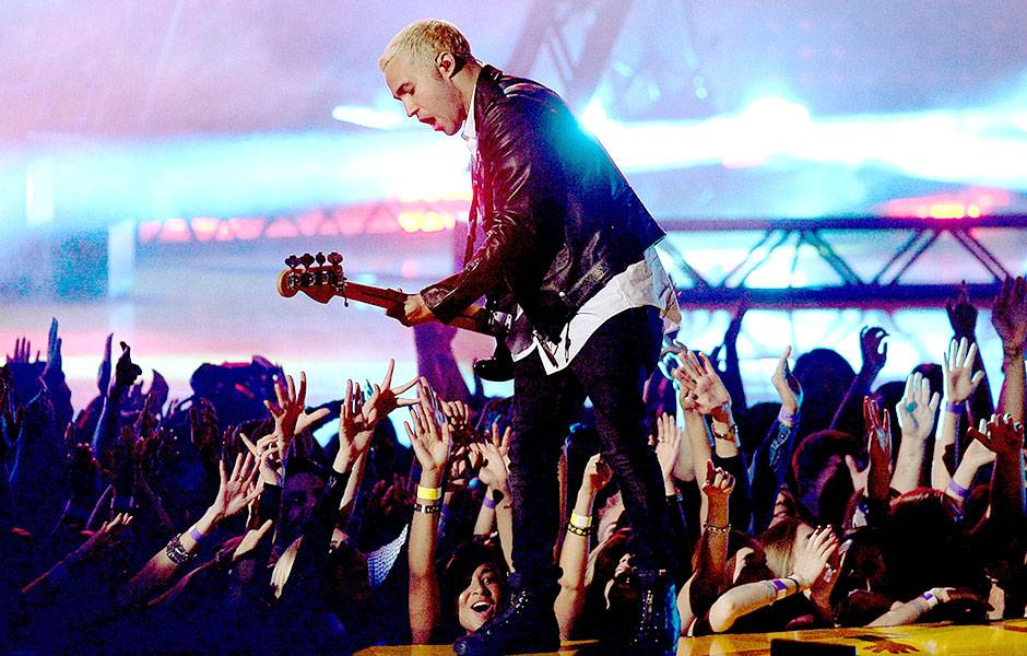 /crop-images/2015/04/12/fall-out-boy-pete-wentz-getty-469521524.jpg