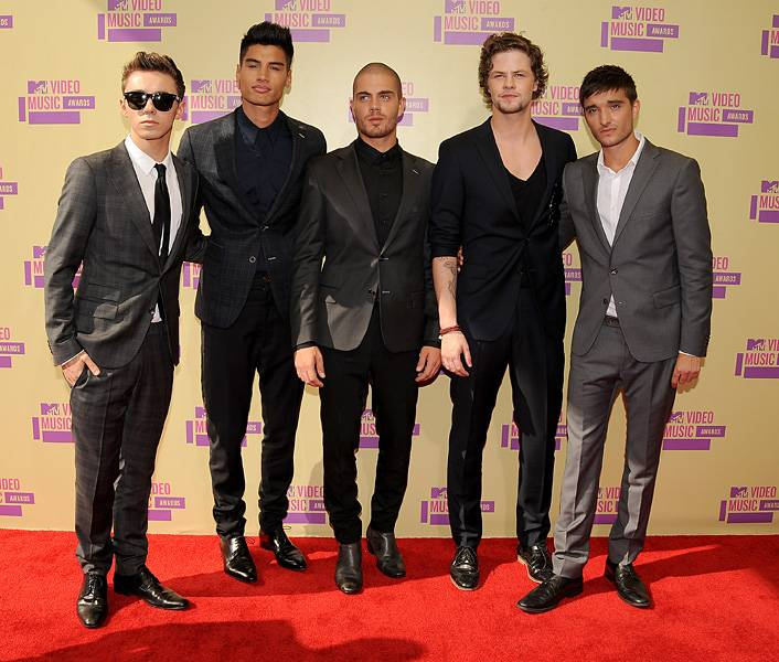The Wanted keeps their look coordinated in gray scale hues on the 2012 VMA red carpet.
