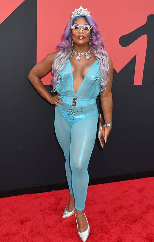 mgid:file:gsp:entertainment-assets:/mtv/events/vma/2019/images/vma19_flipbook_peppermint_600x940_082619.jpg