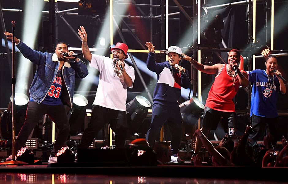 EMA 2016   Showstopping Performances Bruno Mars   940x600