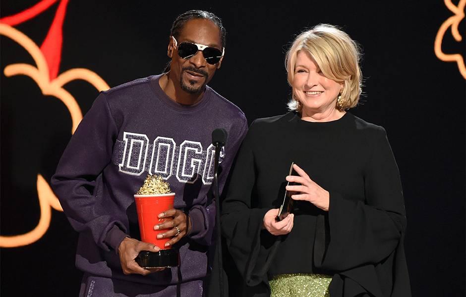 Movie & TV Awards 2017 | Best Duos Martha Stewart/Snoop Dogg | 940x600