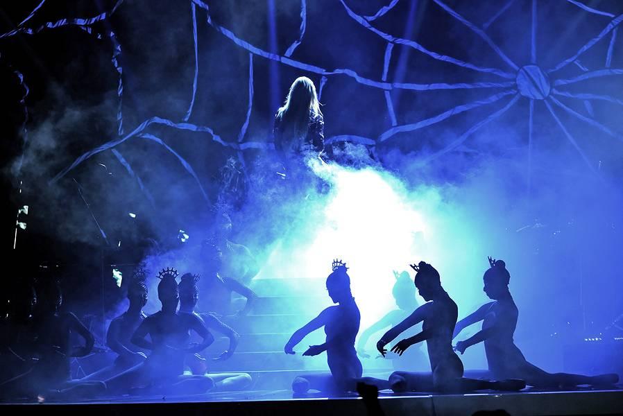 /content/ontv/vma/2014/photos/flipbooks/14-show-highlights/iggy-azalea-getty-454110872.jpg