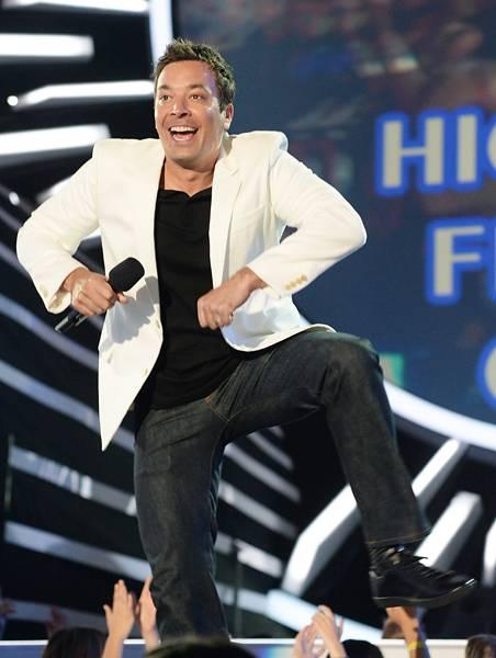 /content/ontv/vma/2014/photos/flipbooks/14-show-highlights/jimmy-fallon-getty-454114230.jpg