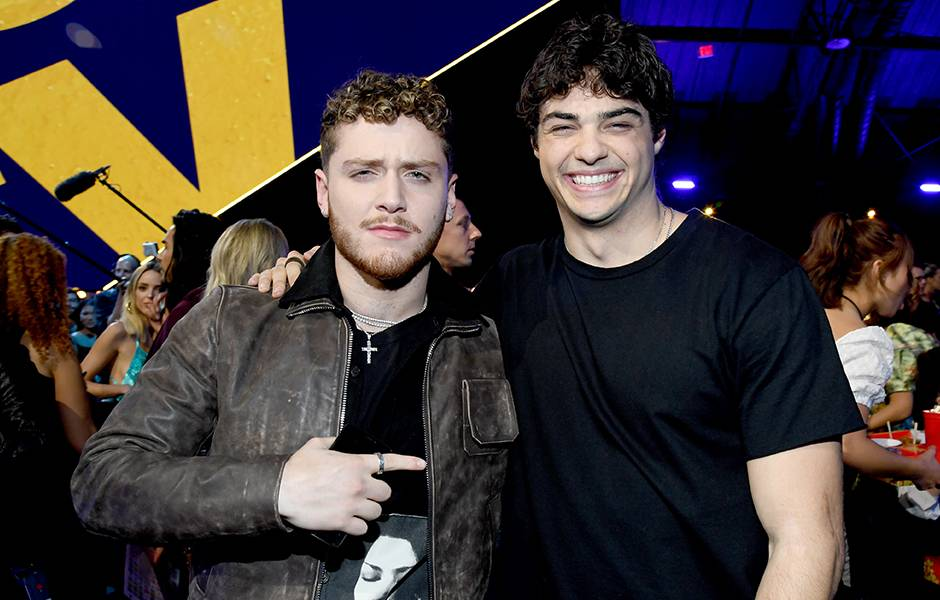 Movie & TV Awards 2019 | Behind The Scenes | Noah Centineo and Bazzi | 940x600
