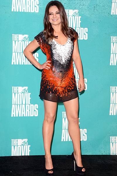/content/ontv/movieawards/2012/photo/flipbooks/movie-awards-style/mini-dresses/2012-mila-kunis-145698603.jpg
