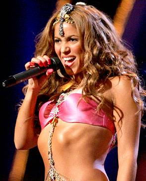 /content/ontv/vma/2006/images/galleries/main_show/act_2/10149061_sh.jpg
