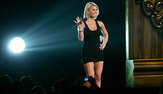 /content/ontv/vma/2006/images/galleries/main_show/act_4/10149703_sq.jpg