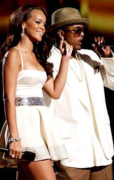 /content/ontv/vma/2006/images/galleries/main_show/act_9/10150878_sq.jpg