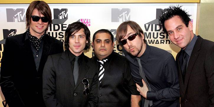 The Taking Back Sunday studs sport black on black for added class at the 2006 VMAs. Those sunglasses are a nice touch, too.