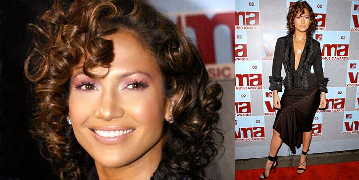 """Nothing will ever be """"the new black"""" as Jennifer Lopez proves on the 2002 VMA red carpet."""