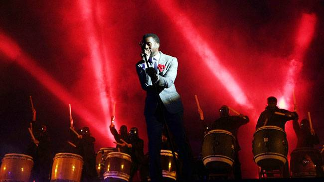 """Kanye West performs """"Love Lockdown"""" on stage at the 2008 MTV Video Music Awards in Hollywood."""