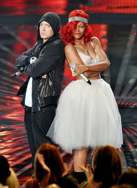 """Eminem and Rihanna perform """"Love The Way You Lie"""" on stage during the 2010 MTV Video Music Awards in Los Angeles."""