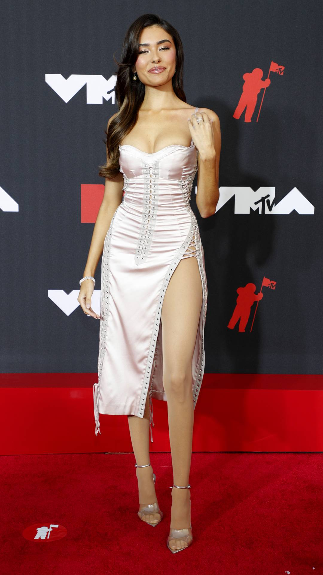 MTV Video Music Awards 2021 | The Best of the VMAs 2021 Red Carpet | Madison Beer | 1080x1920