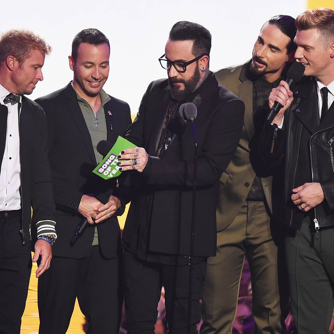 The Backstreet Boys present the award for Song of the Year at the 2018 VMAs.