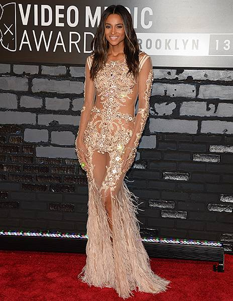 Ciara dons a curve-hugging sheer gown and shows off major skin on the red carpet at the 2013 Video Music Awards.