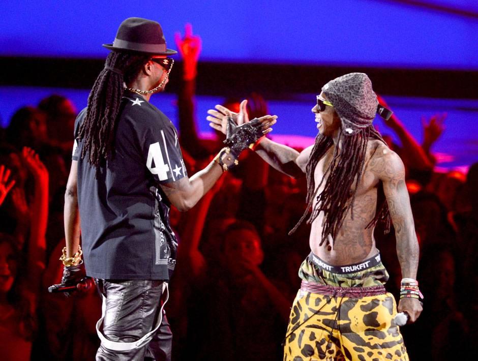 /content/ontv/vma/2012/photos/flipbooks/12-show-highlights/lil_wayne_2_chainz_getty151390978.jpg