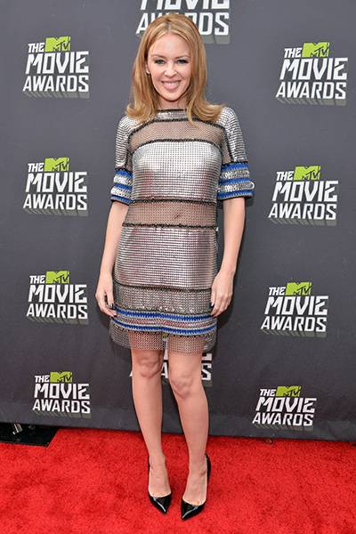 /content/ontv/movieawards/2012/photo/flipbooks/movie-awards-style/sparkles-shards-and-sequins/2013-kylie-minogue-166644425.jpg