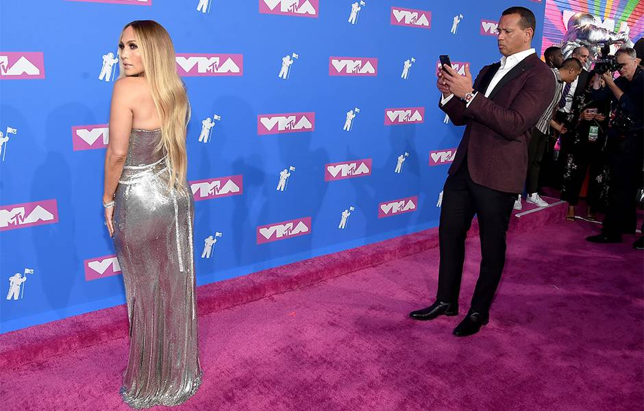 Baseball superstar Alex Rodriguez loved his girlfriend Jennifer Lopez's look so much he snapped a photo for himself on the 2018 Video Music Awards Red Carpet.