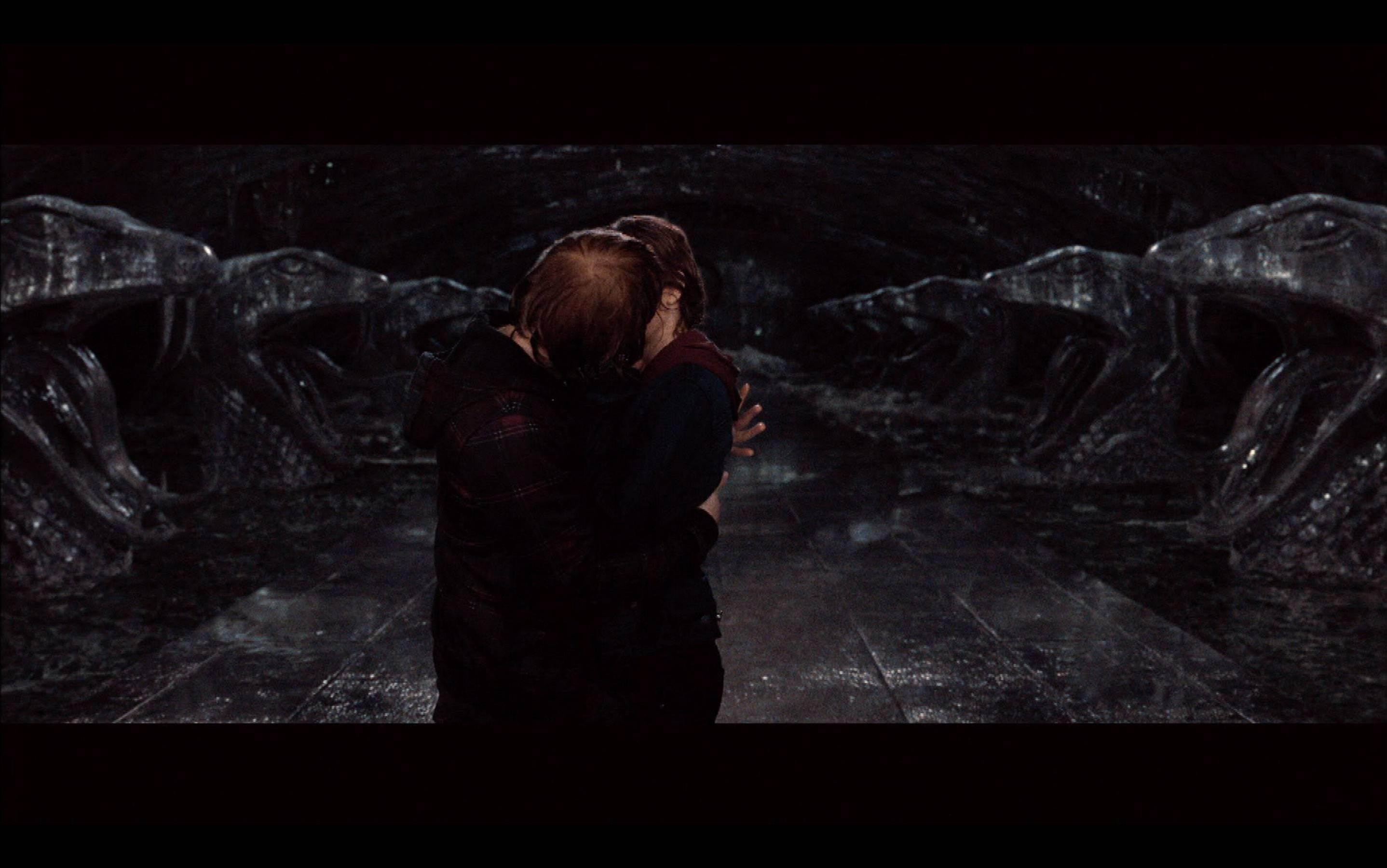 Best Kiss - 2012 Movie Awards
