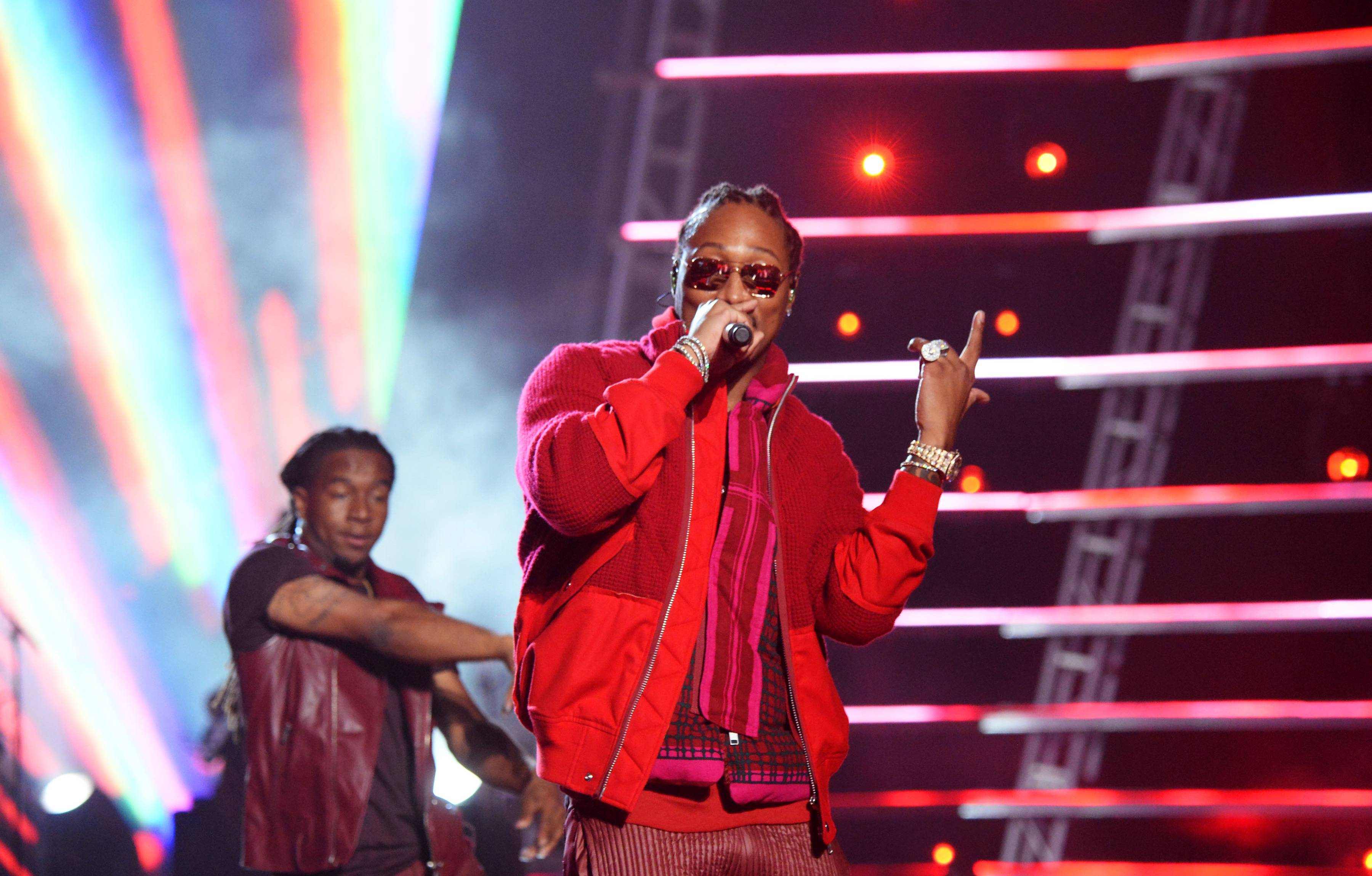 """Future had us checking our grammar during his performance of """"F**k Up Some Commas"""" at the 2016 VMAs."""
